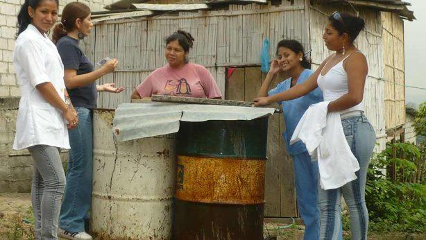 fundacion-mariana-de-jesus-proyectos-salud-primaria-atencion-medica-guayaquil